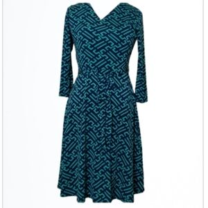 41 Hawthorn Fit and Flare Knit Dress Size Medium